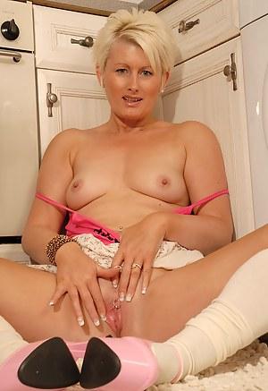 Moms Socks Porn Pictures