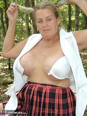 Moms Pigtails Porn Pictures